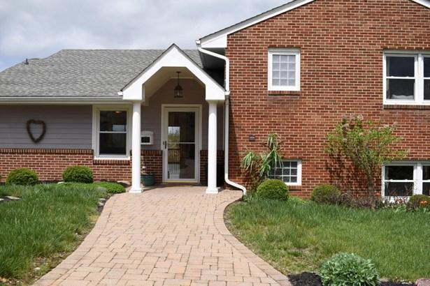 Single Family Detached, 4 Level Split - Roanoke, VA (photo 3)