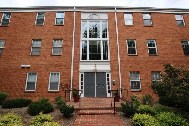 Condominium, Single Family Attached - Roanoke, VA (photo 1)