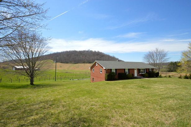 Single Family Detached, Ranch - Floyd, VA (photo 5)