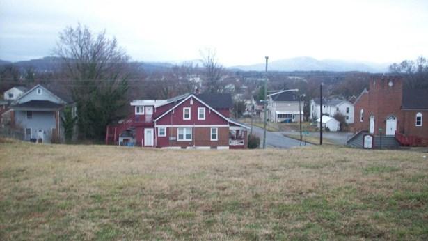 Residential - Single Family - Roanoke, VA (photo 2)