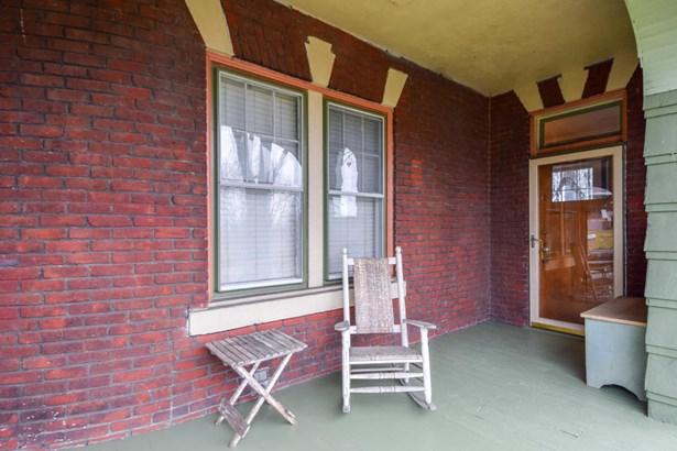 Single Family Detached, 2 Story - Roanoke, VA (photo 5)