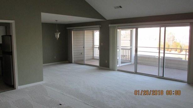 Condominium, Single Family Attached - Penhook, VA (photo 4)