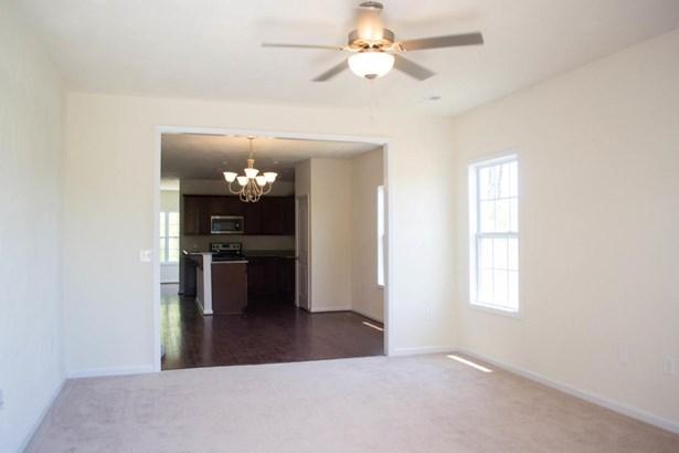 Single Family Detached, Patio Home (zero) - Vinton, VA (photo 4)
