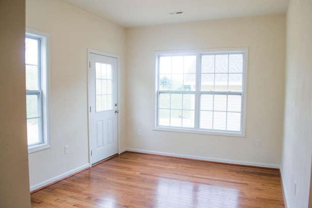 Single Family Detached, Patio Home (zero) - Vinton, VA (photo 5)