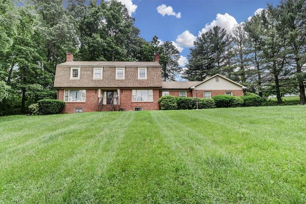 Single Family Detached, Colonial - Daleville, VA (photo 2)