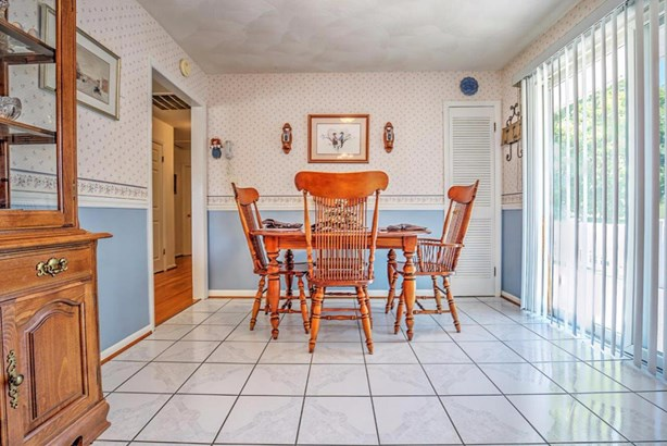 Single Family Detached, Ranch - Buchanan, VA (photo 4)
