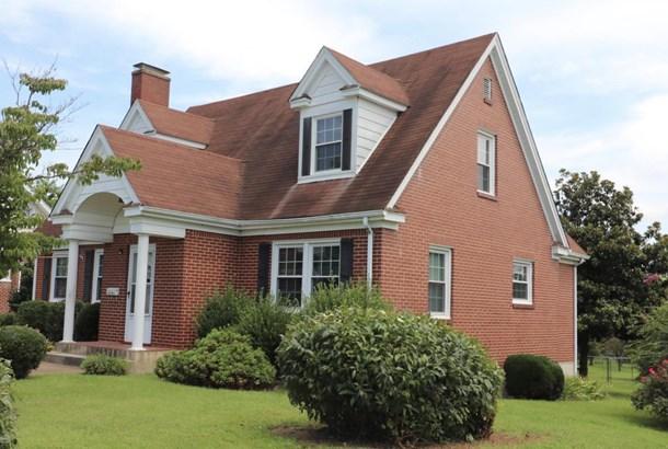 Single Family Detached, Cape Cod - Roanoke, VA (photo 2)