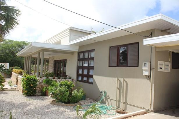 George Madurastraat 6, Oranjestad, Aruba, Oranjestad - ABW (photo 1)