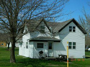 105 3rd Street N., Terril, IA - USA (photo 1)