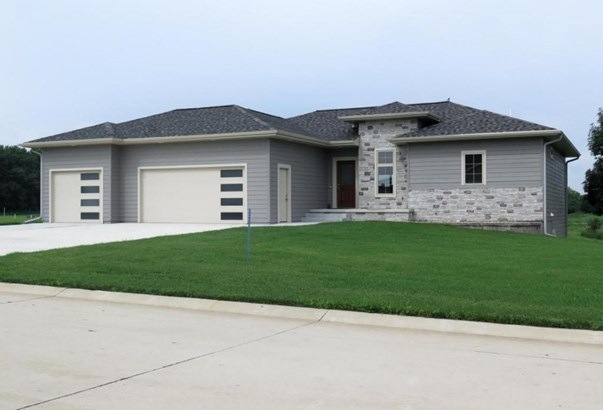 3205 Prairie Meadows Drive, Milford, IA - USA (photo 1)