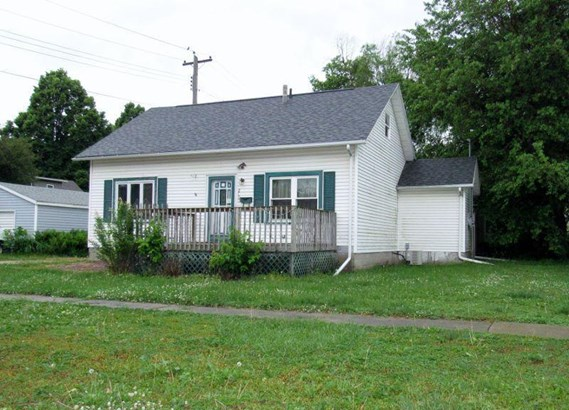2106 Gary Avenue, Spirit Lake, IA - USA (photo 1)