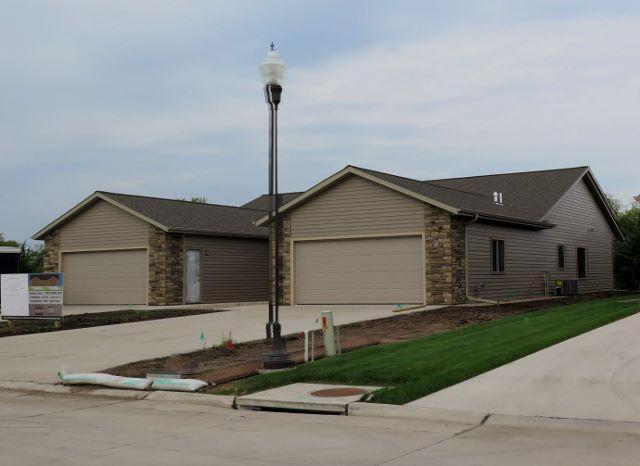 3329 Prairie Meadows Drive, Milford, IA - USA (photo 1)