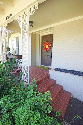 Single Family Detached, Traditional - Tyler, TX (photo 4)