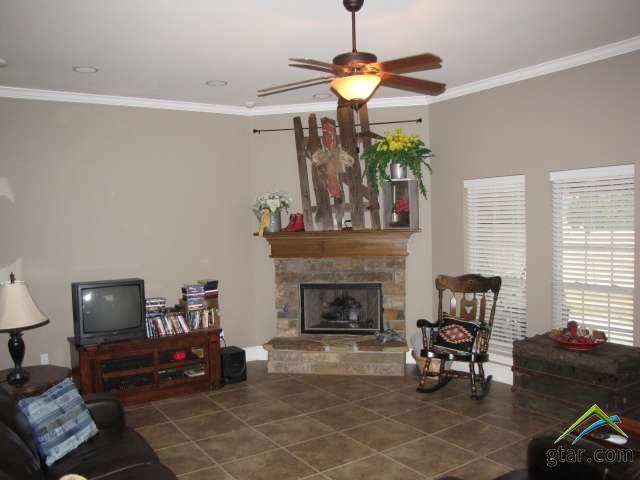 Single Family Detached, Traditional - Bullard, TX (photo 2)