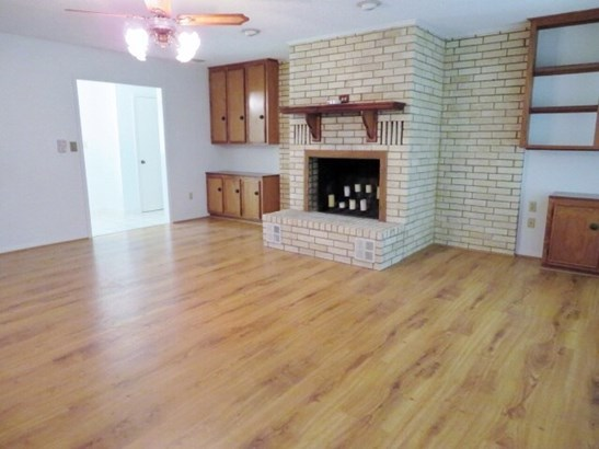 Single Family Detached, Traditional - Hideaway, TX (photo 4)