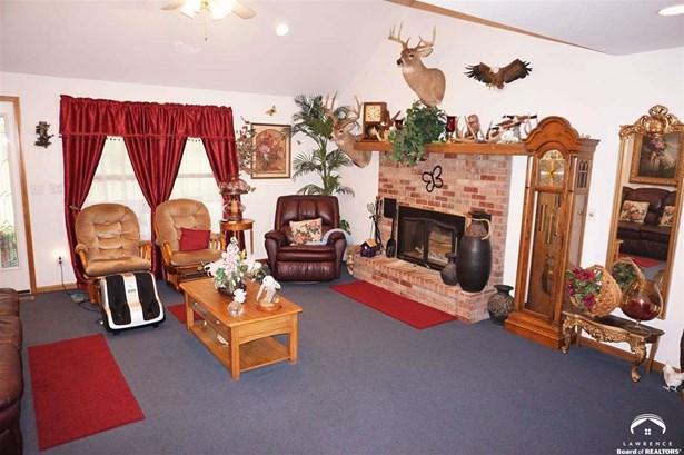 Rural Residential, 1 Story,Ranch - Pomona, KS (photo 3)