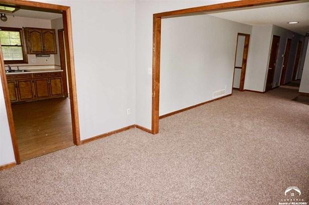 1 Story,Raised Ranch, City-Single Family - Leavenworth, KS (photo 5)