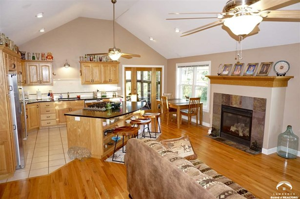 Rural Residential, 1 Story,Ranch - Perry, KS (photo 3)