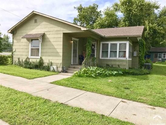 1 Story, City-Single Family - McLouth, KS (photo 1)