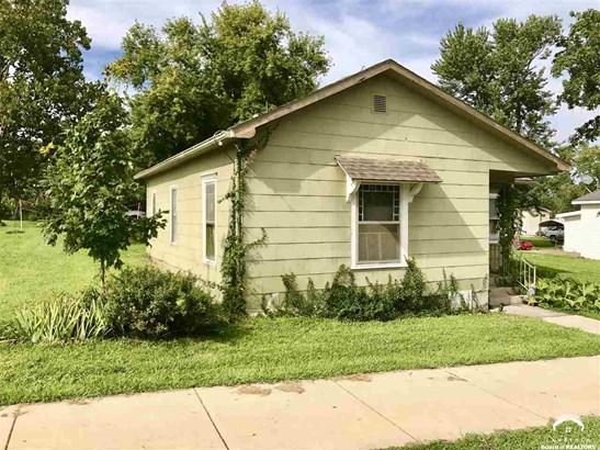 1 Story, City-Single Family - McLouth, KS (photo 2)