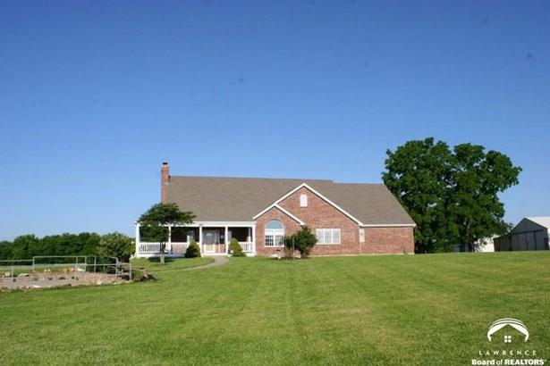 Rural Residential, 1 Story - Spring Hill, KS (photo 2)
