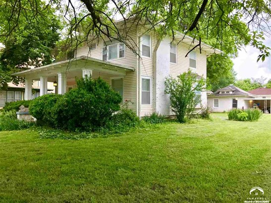 City-Single Family, 2 Story - Eureka, KS (photo 1)