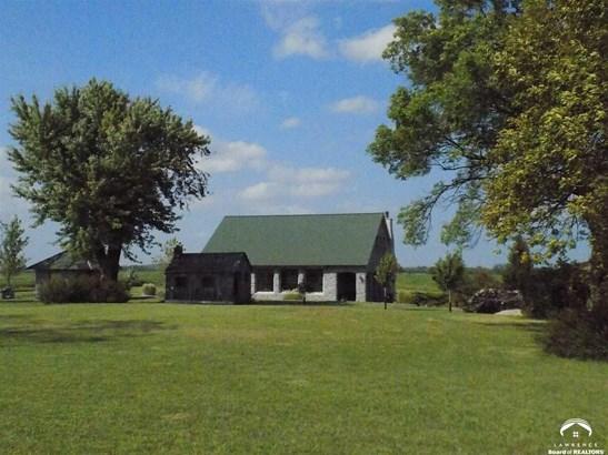 Rural Residential, 1.5 Story,Italianate - Baldwin City, KS (photo 2)