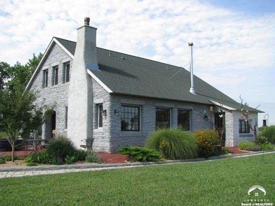 Rural Residential, 1.5 Story,Italianate - Baldwin City, KS (photo 3)