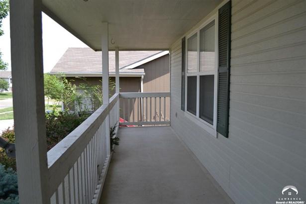 1 Story, City-Single Family - Topeka, KS (photo 3)