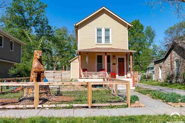 City-Single Family, 2 Story - Lawrence, KS