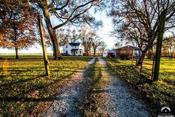 Rural Residential, 2 Story - Lawrence, KS (photo 1)