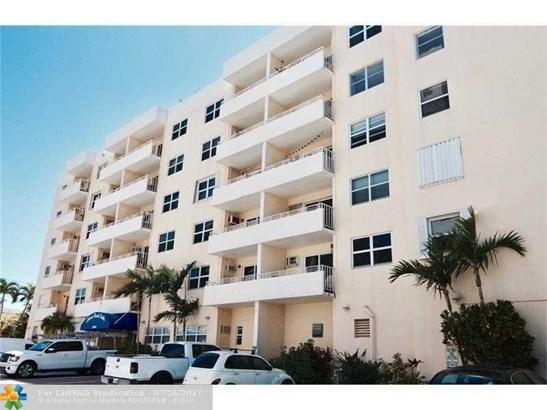 Condo/Co-Op/Villa/Townhouse, Condo 5+ Stories - Fort Lauderdale, FL (photo 3)