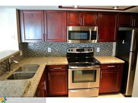 Residential Rental - Coconut Creek, FL (photo 2)