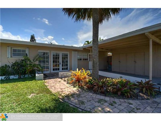 Single Family, WF/Pool/Ocean Access - Fort Lauderdale, FL (photo 2)