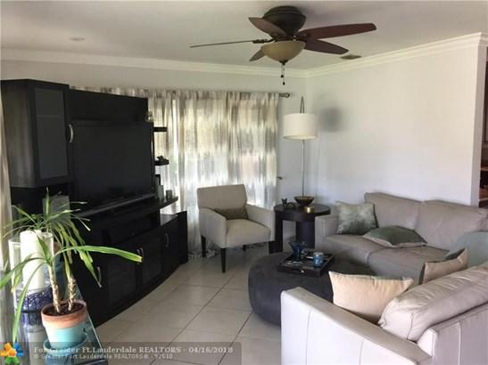 Residential Rental - Oakland Park, FL (photo 4)