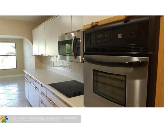Residential Rental - Deerfield Beach, FL (photo 5)