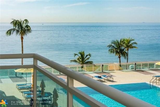 Condo/Co-op/Villa/Townhouse - Fort Lauderdale, FL (photo 1)
