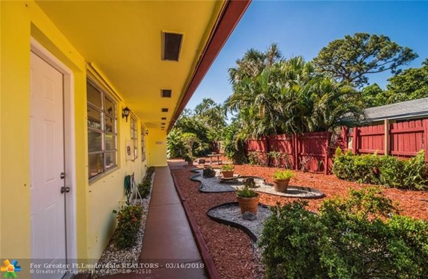 Residential Income,Detached - Oakland Park, FL (photo 4)