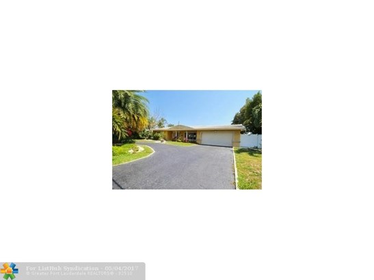 Single Family, WF/Pool/Ocean Access - Pompano Beach, FL (photo 3)