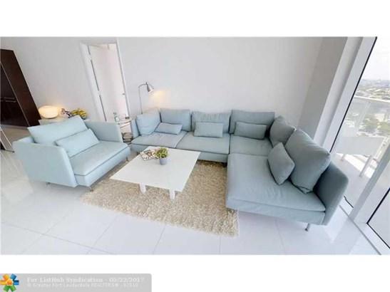 Condo/Co-Op/Villa/Townhouse, Condo 5+ Stories - Miami, FL (photo 5)