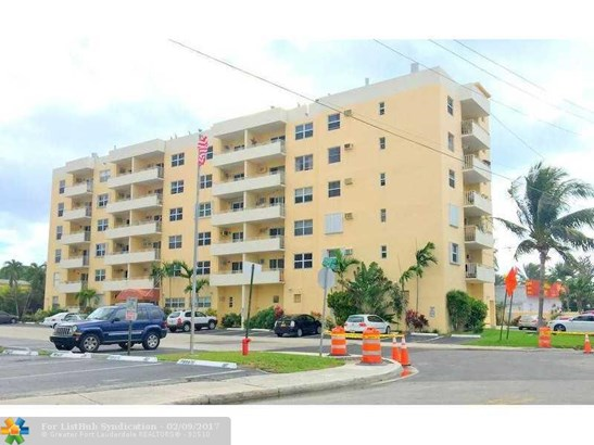 Condo/Co-Op/Villa/Townhouse, Condo 5+ Stories - Fort Lauderdale, FL (photo 3)