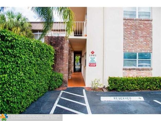 Condo/Co-Op/Villa/Townhouse, Condo 1-4 Stories - Oakland Park, FL (photo 1)
