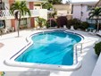 Condo/Co-op/Villa/Townhouse - Lauderdale By The Sea, FL (photo 1)