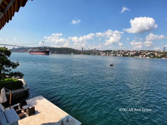 Istanbul - TUR