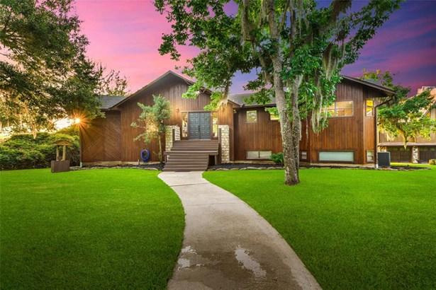 Traditional, Single-Family - Livingston, TX