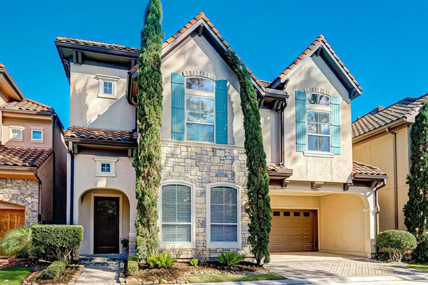 Mediterranean, Single-Family - Spring Valley Village, TX