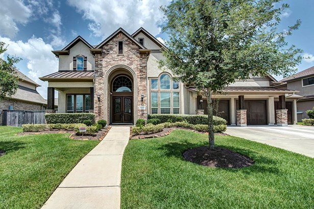 Mediterranean,Traditional, Cross Property - Humble, TX (photo 1)