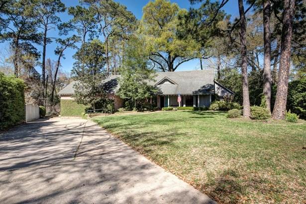 Traditional, Cross Property - Hunters Creek Village, TX (photo 1)