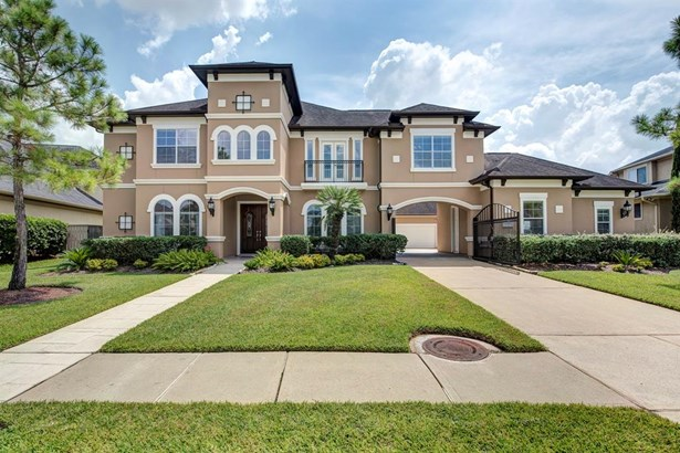 Mediterranean,Traditional, Single-Family - Pearland, TX
