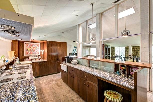 Contemporary/Modern,Ranch, Cross Property - Piney Point Village, TX (photo 4)